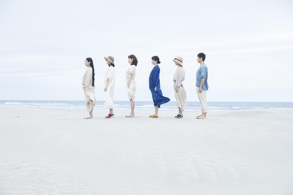 MUM & GYPSY_BEACH